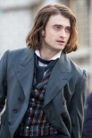movies-frankenstein-set-still-daniel-radcliffe-01